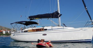 "Bavaria 33 Cruiser ""Money for Nothing"""